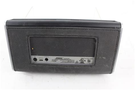 bose mobile speakers bose 404600 wireless mobile speakers property room