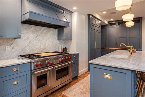 castle kitchen cabinets castle kitchen cabinets newgate transitional kitchen