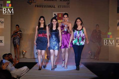 School Of Fashion Exhibiton Mba Exhibition by Garodia School Fashion Show Photo 748