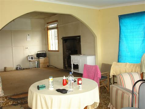 warm paint colors for living room horner h g