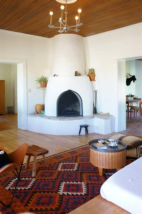 modern adobe farmhouse home  marfa southwestern home