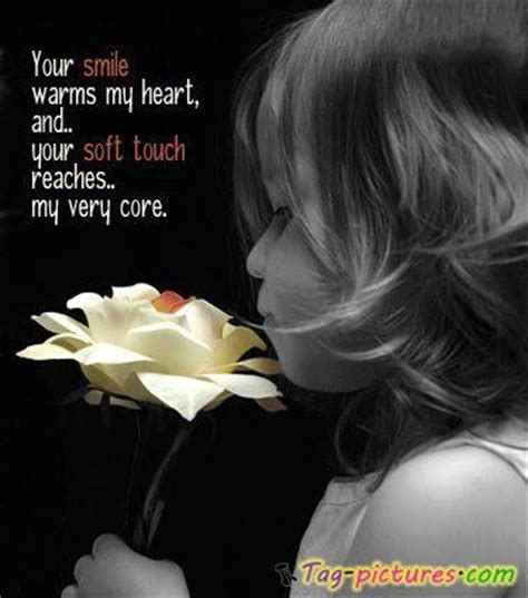 smile warms  heart   soft touch reaches   core quotespicturescom