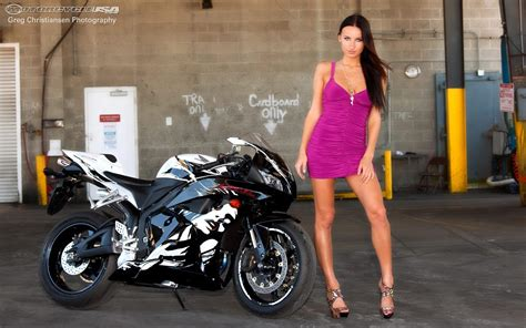 hot babe honda cbr rr motorcycles wallpaper