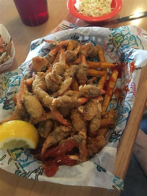 hush puppies food near me crab claw basket plenty of food including coleslaw jalape 241 o hush puppies and fries