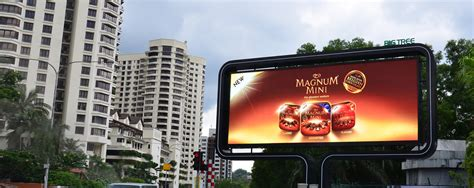 Lu Led Jalan Raya ledtronics led displays digital billboards media facade