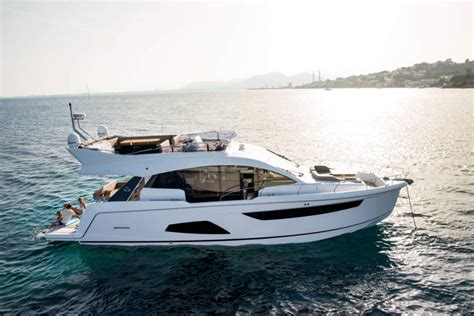 flybridge motor boats for sale sealine boats for sale approved boats