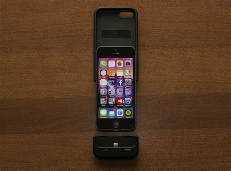 iphone getting review mophie s space pack doubles your iphone s battery storage and size ars technica