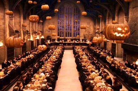 the great hall harry potter 10 food scenes in movies that will make you hungry