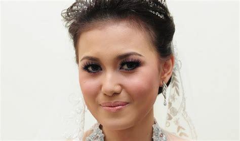 gaya rambut pengantin wanita modern model rambut