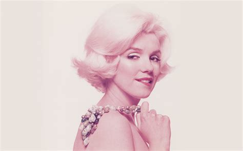 Monroe S | see rare images from marilyn monroe s last photo shoot