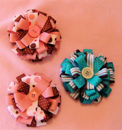 How To Make Handmade Hair Bows - 17 best images about the bigger the bow the better the