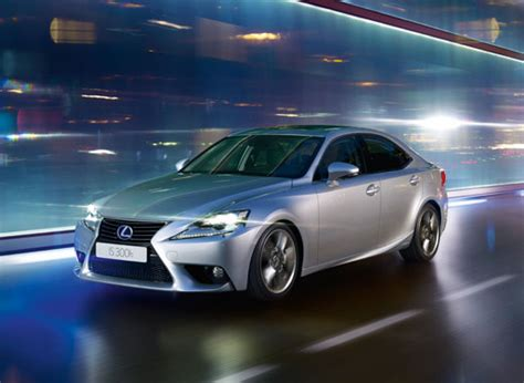 lexus hybrid is300h lexus is 300h hybrid saloon car lexus uk
