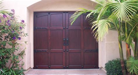 door tech sc carriage style garage doors door tech in upstate sc