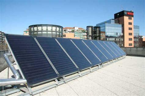 bosch sede bosch installa 15 pannelli solari sul tetto della propria