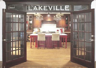 lakeville kitchen cabinets in lindenhurst ny kitchen and bathroom li cabinets showrooms new york