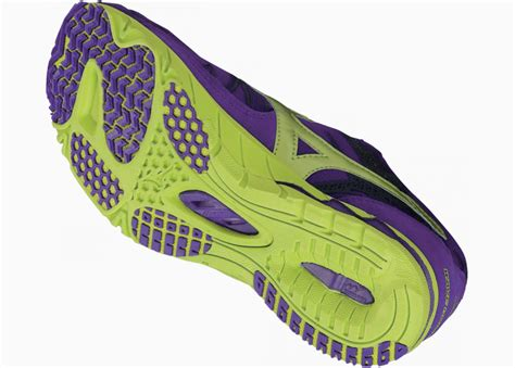 Sepatu Adidas Yz mizuno wave universe 4 sepatu mizuno