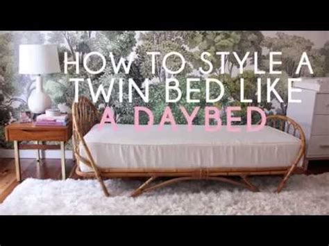 upholstered daybeds that look like sofas daybeds that look like sofas daybed that looks like a