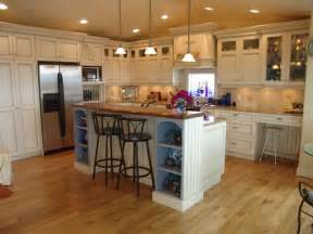 Kitchen Cabinet Uppers How Are The Glass Front Cabinets