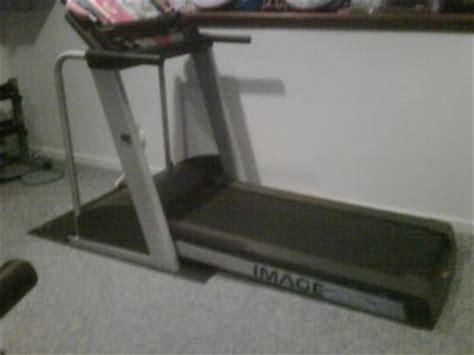 Image 10 4 Q Treadmill