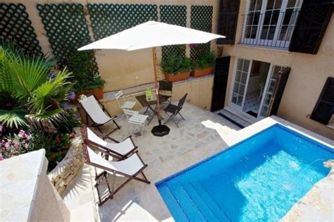 kleiner pool im garten kleiner pool f 252 r reihenhausgarten kleiner pool im