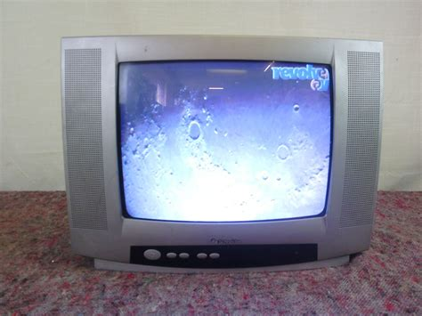 Tv 14 Inchi 14 inch schneider tv revolver av