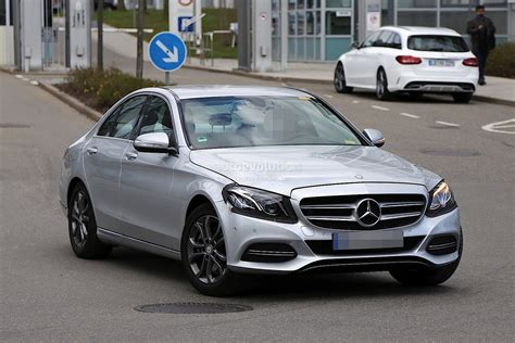 c lights 2017 2017 mercedes c class facelift spied in germany