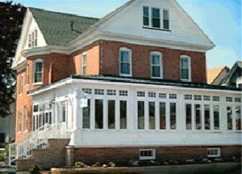 bed and breakfast rehoboth beach de lighthouse inn bed and breakfast rehoboth beach delaware