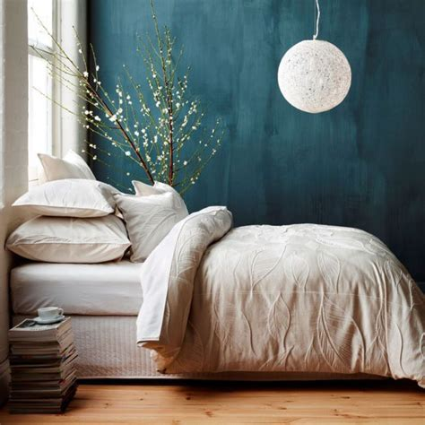dark teal bedroom 25 best ideas about teal bedroom walls on pinterest