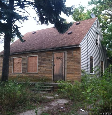 eminem childhood house inside crew demolishes eminem s childhood home toledo blade
