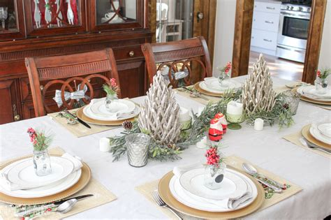 christmas dinner table 5 tips for decorating the dining room for christmas