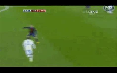 imagenes gif real madrid real madrid barcelona gif find share on giphy