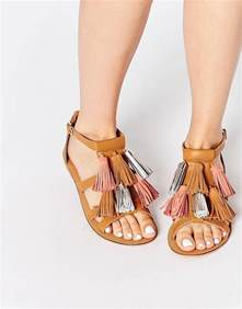 sandals cover toes 19 summer sandals for who leather