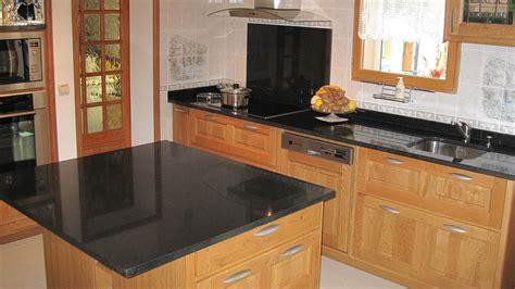 plan de travail cuisine granit cuisine plan de travail en lot de cuisine classique
