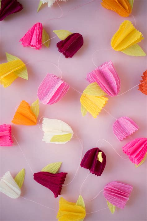 How To Make Crepe Paper Garland - crepe paper flower garland diy