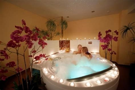 romantic bathtubs romantic bubble bath bing images romance pinterest
