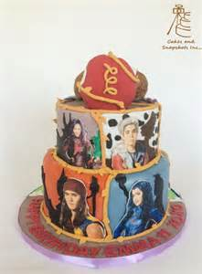giants with descendants cake by casscny cakesdecor