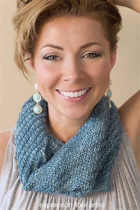 how to knit a cowl the 25 best knit cowl patterns ideas on knit