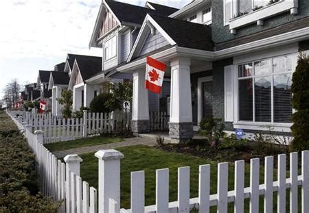 canada housing office market mauled by layoffs but