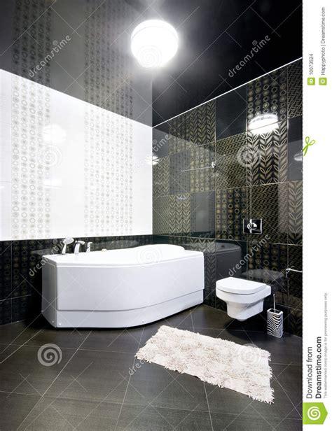 imagenes baños blanco y negro interior del cuarto de ba 241 o blanco y negro imagenes de