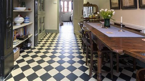 Victorian Geometric Flooring In Period Home   Victorian