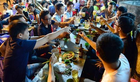 vietnam young people claim drinking  indispensable