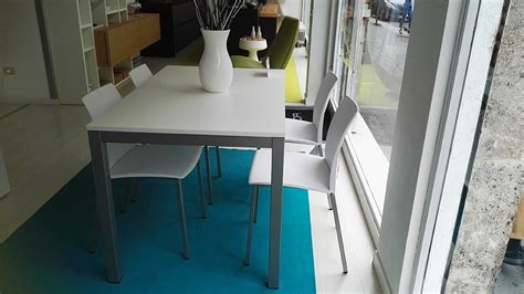 tavoli e sedie prezzi tavolo e 4 sedie prezzo scontatissimo tavoli a prezzi