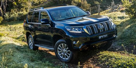 land cruiser toyota 2018 2018 toyota landcruiser prado revealed here in november