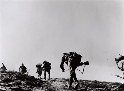 photographing the fallen a war photographer on the robert capa republican soldiers storming forward in jumps
