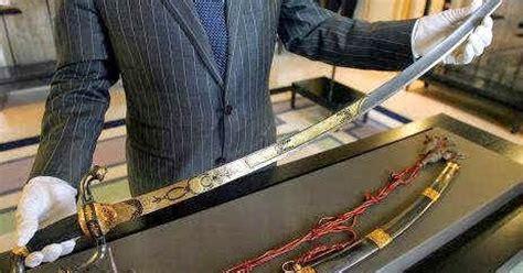 Magnet Kulkas Impor Dari Negara Jerusalem Untuk Oleh Oleh za dunia 6 pedang legendaris yang paling mematikan dalam sejarah gt gt gt pengadilan pidana