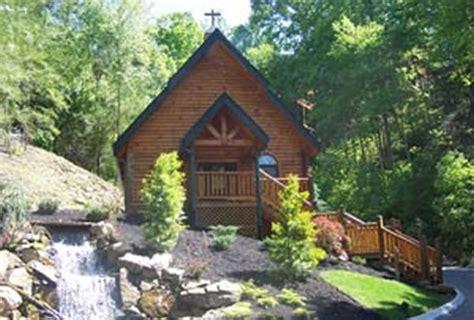 Hemlock Cabins by Hemlock Resort Cabins In Sevierville