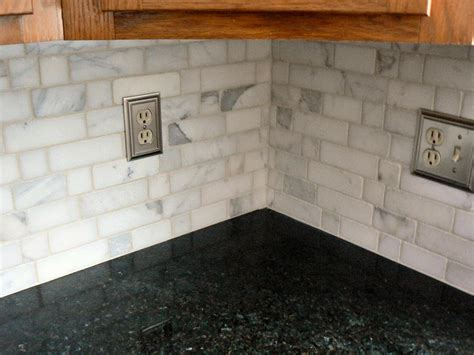 tumbled marble backsplash tiles kitchen