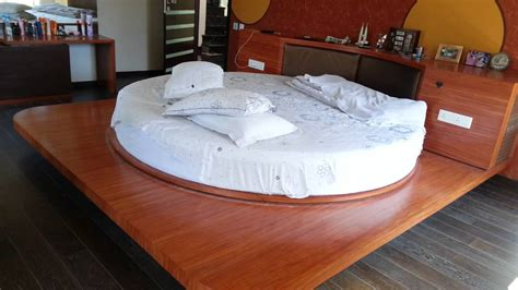 wow so amazing rotating bed with remote