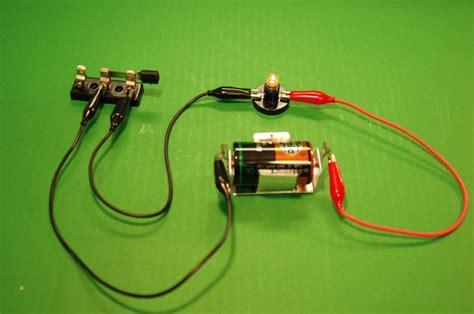 build circuit grade 9 science nov 11 building circuits