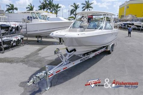 boston whaler 270 vantage boat test 2017 boston whaler 270 vantage miami florida boats